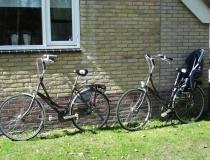 2 damesfietsen